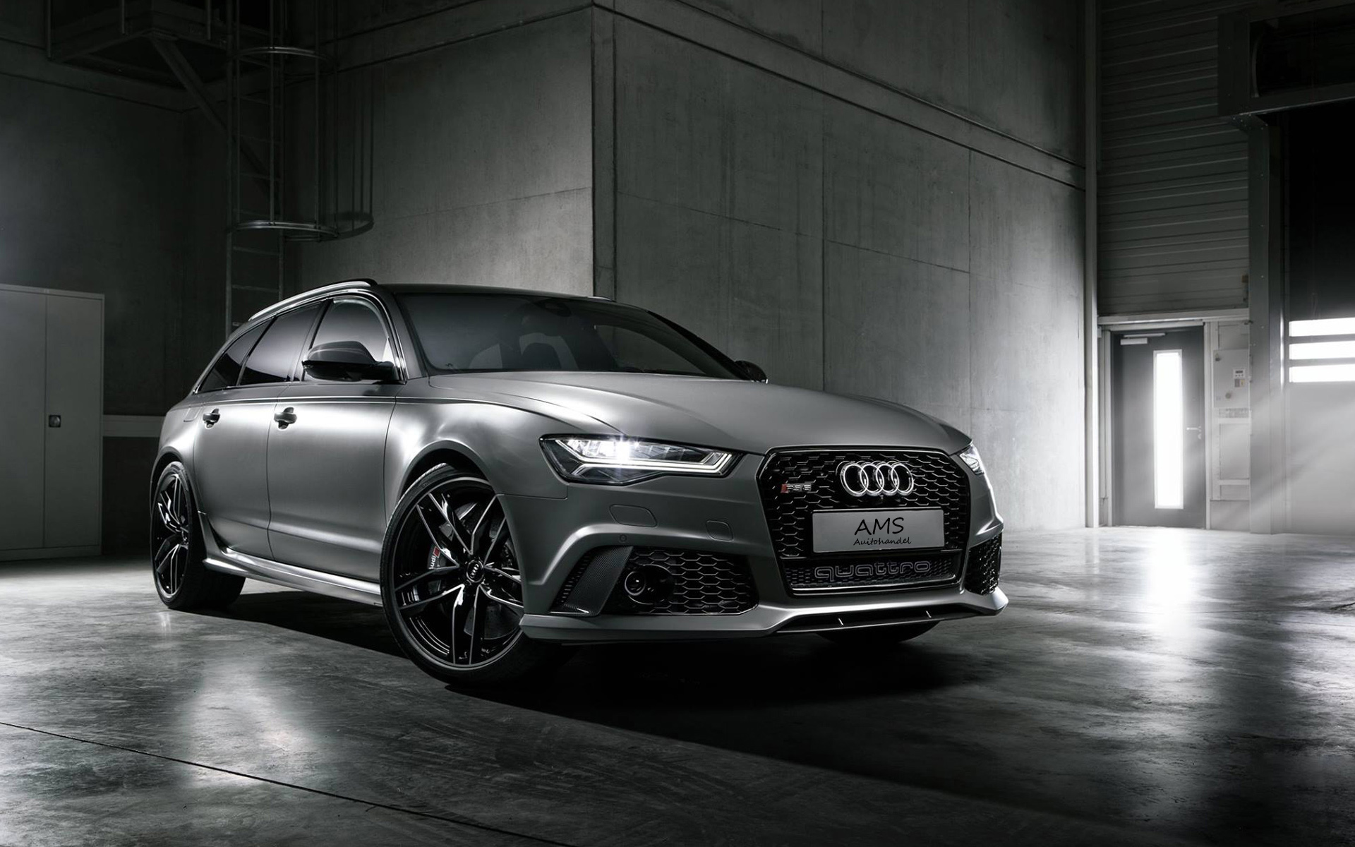 2015_audi_rs6_avant_exclusive-wide